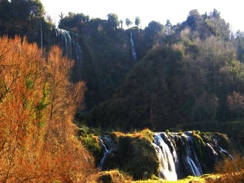 Cascadas sin agua