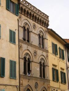 Antiguos palacetes de Pisa