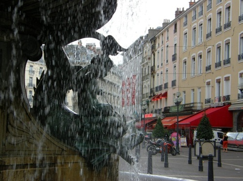 place victor hugo Grenoble